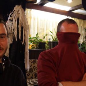Gast und Speerträger (inkognito mit dem Rollkragen vorm Gesicht)