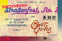 Webversion des Flyers: Traumschläger Kollektiv e.V. presents: Hardenberg-Straßenfest No. 2 - am 17. August 2019 ab 15h in der Hardenbergstraße (Gutleut) - Live: Toy of the Ape, Blutjungs und viele mehr! Mit Unterstützung von: Frankfurter Programm - Aktive Nachbarschaft